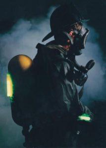 Ceinture réfléchissante et photluminescente pour soldats en marche de nuit