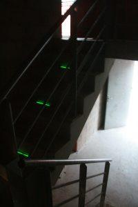 Identification des marches d'escaliers avec Flexband verts