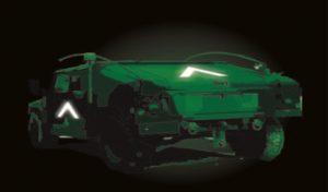 Identification infrarouge de char avec bande réfléchissante