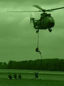 Identification IR des troupes déposées par hélicopère
