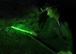 Bâton lumineux vert Cyalume 30cm pour travail dans les mines