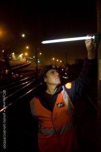 Éclairage de nuit pour maintenance des infrastructures ferroviaires