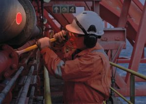 Marquage lumineux de personnel pour leur sécurité lors d'actes de maintenance sur paquebots