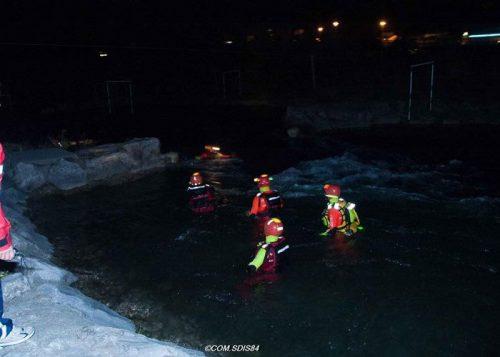 Marquage casques plongeurs en secours dans eau