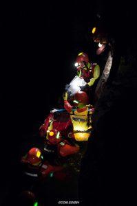 Marquage des sauveteurs lors d'opérations de sauvetage aquatique de nuit