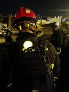 Marqueur circulaire lumineux pour identification de pompier