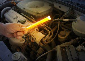 Baton lumineux 15cm pour examiner le moteur en cas de panne