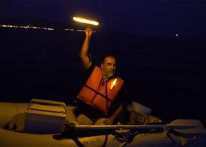lumière de secours avarie en mer signal détresse