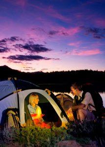 Éclairage d'appoint en camping