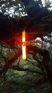 Éclairage de bivouac avec bâton lumineux Cyalume