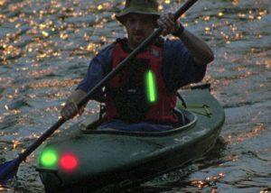 Marquage de kayak pour repérage de nuit