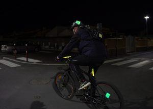 Identification cycliste de nuit avec bâton Cyalume