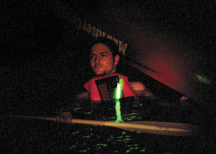 Balise lumineuse à fixer sur gilets de sauvetage