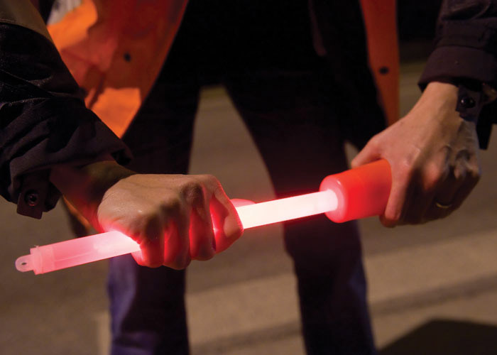 baton 40cm rouge avec adaptateur de cone