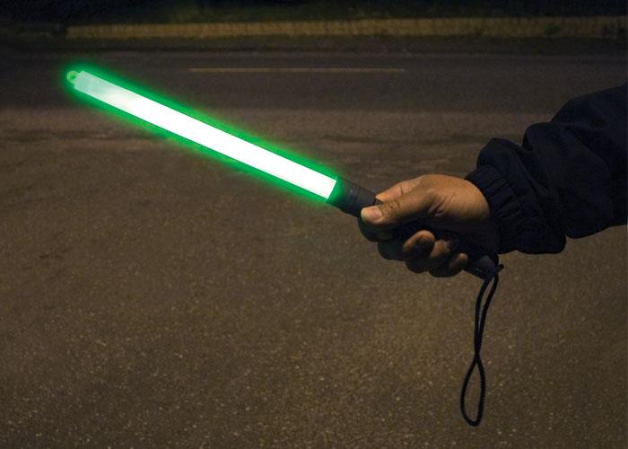 bâton vert 30cm cyalume très lumineux
