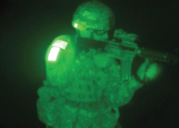 identification ami ennemi avec marqueur infrarouge rectangulaire