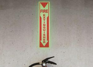 panneau fire extinguisher retro reflechissant photoluminescent